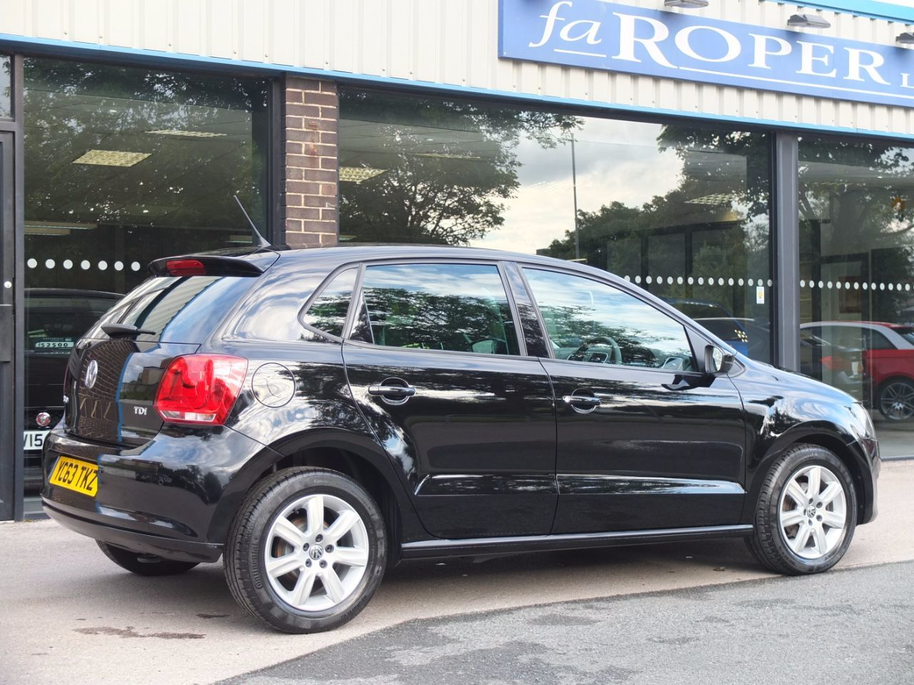 Volkswagen Polo 1.2 TDI Match Edition 5 door Hatchback Diesel Diamond Black Metallic