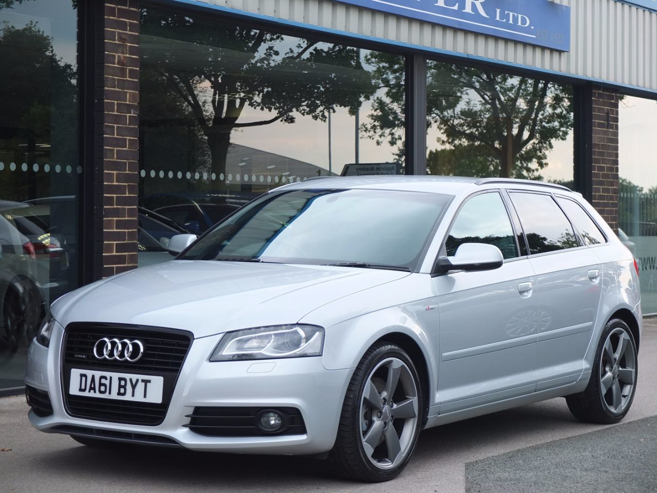 second hand audi a3 sportback 2 0 tdi 170 quattro black edition for sale in bradford west. Black Bedroom Furniture Sets. Home Design Ideas