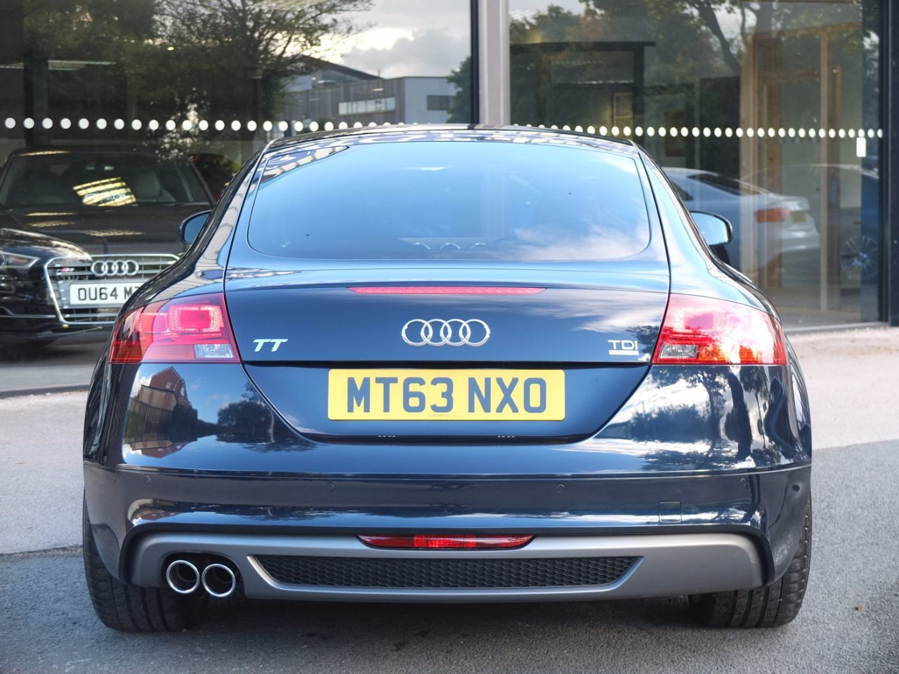 Audi TT Coupe 2.0 TDI quattro Black Edition S Tronic Coupe Diesel Midnight Blue Metallic Audi Exclusive Paint Finish