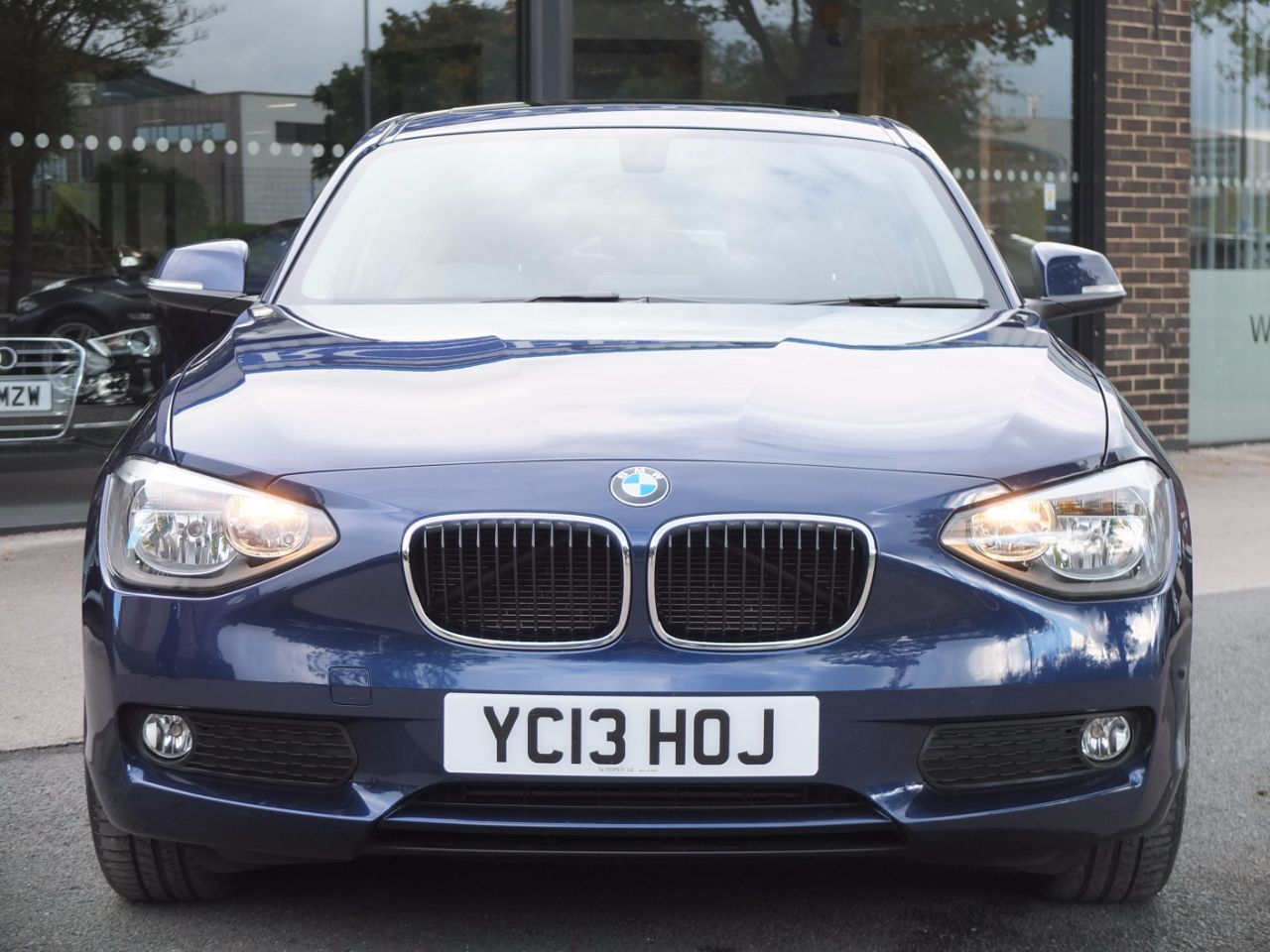 BMW 1 Series 1.6 Sports Hatch 116i SE 5 door Automatic Hatchback Petrol Deep Sea Blue Metallic