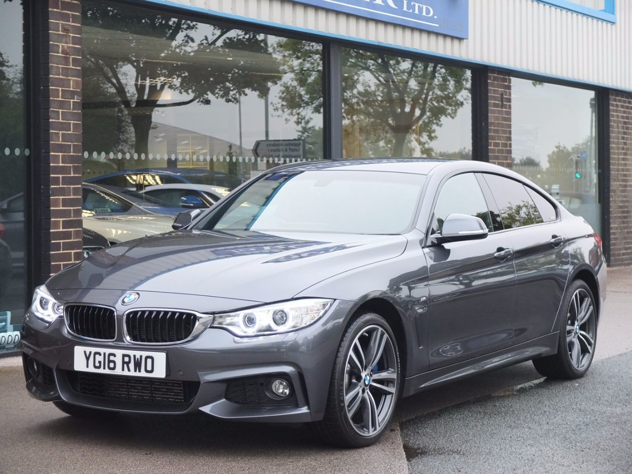 BMW 4 Series 3.0 435d xDrive M Sport Gran Coupe Auto [Pro Media, M Sport Plus Pack)] Coupe Diesel Mineral Grey MetallicBMW 4 Series 3.0 435d xDrive M Sport Gran Coupe Auto [Pro Media, M Sport Plus Pack)] Coupe Diesel Mineral Grey Metallic at fa Roper Ltd Bradford