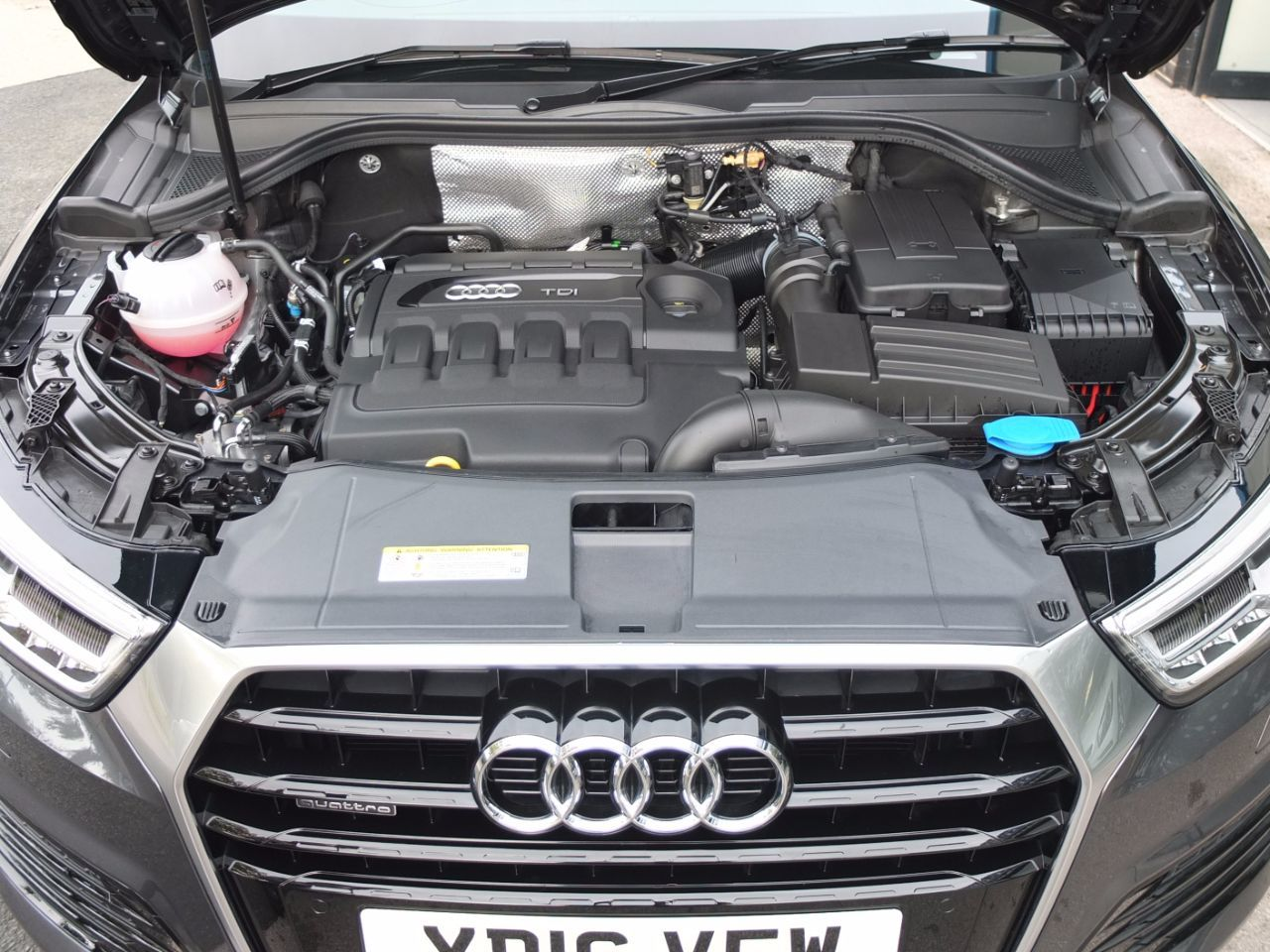 Audi Q3 2.0 TDI quattro S Line Plus S Tronic 150ps Estate Diesel Daytona Grey Metallic