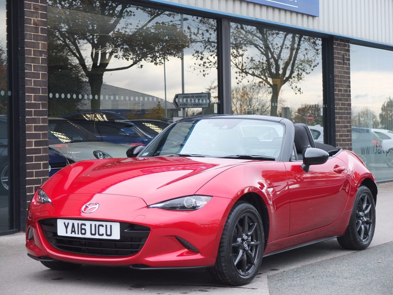 Mazda MX-5 1.5 Sport Nav Convertible Petrol Soul Red MetallicMazda MX-5 1.5 Sport Nav Convertible Petrol Soul Red Metallic at fa Roper Ltd Bradford