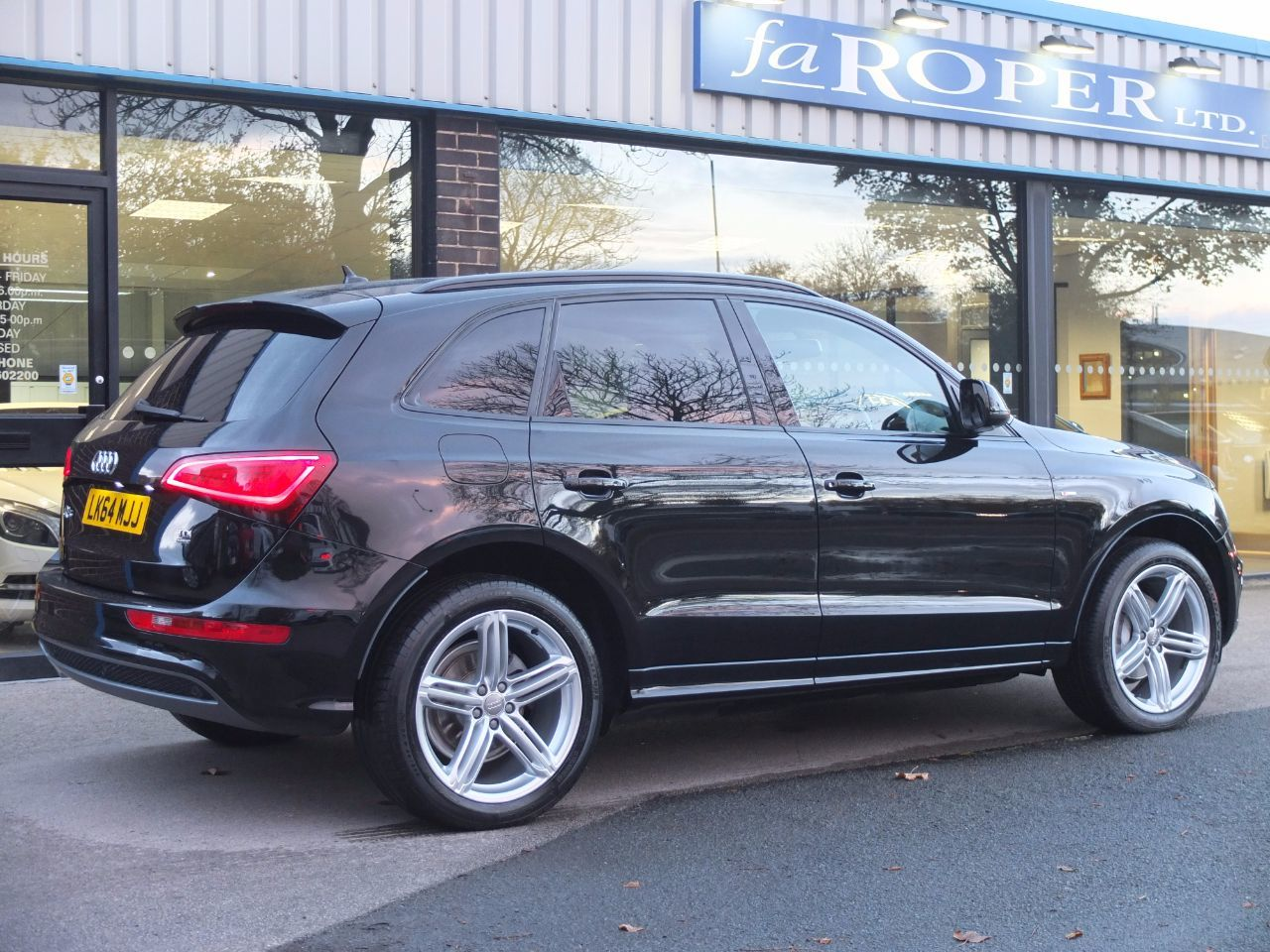 used audi q5 2 0 tdi quattro s line plus 177ps s tronic for sale in bradford west yorkshire. Black Bedroom Furniture Sets. Home Design Ideas