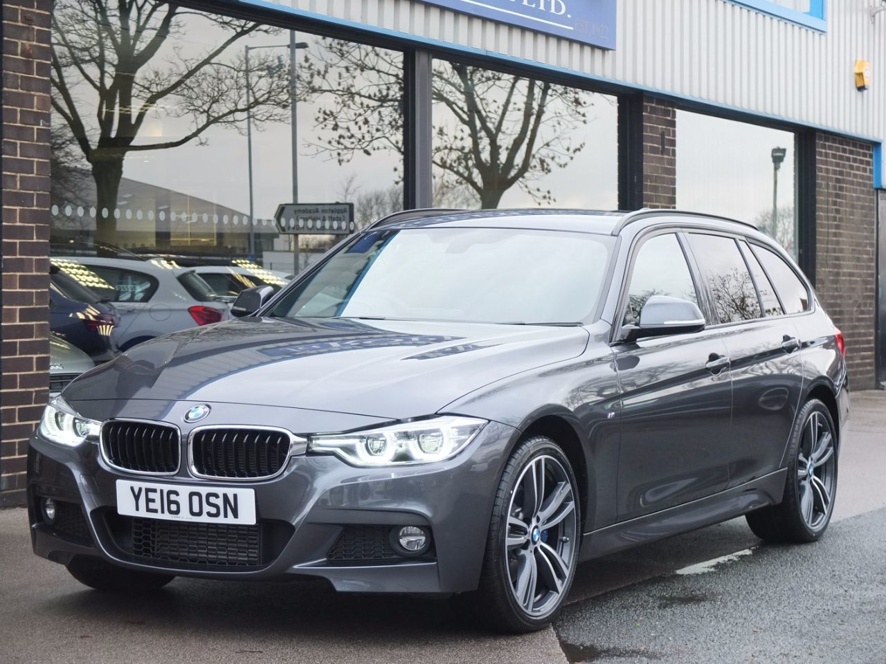BMW 3 Series 2.0 320d xDrive M Sport Plus Pack Touring Auto 190ps Estate Diesel Mineral Grey MetallicBMW 3 Series 2.0 320d xDrive M Sport Plus Pack Touring Auto 190ps Estate Diesel Mineral Grey Metallic at fa Roper Ltd Bradford