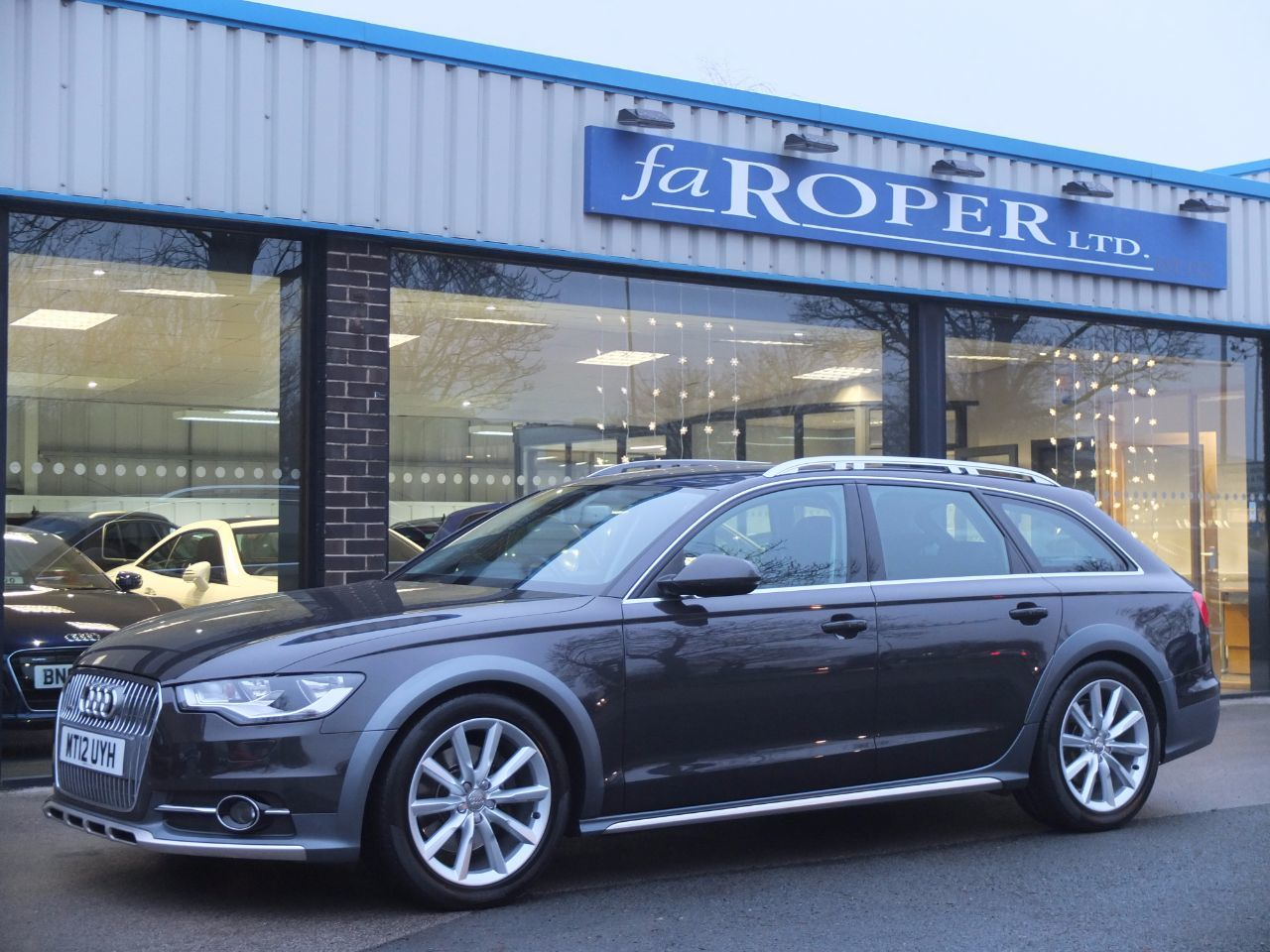 used audi a6 allroad 3 0 tdi quattro 204ps s tronic for sale in bradford west yorkshire fa. Black Bedroom Furniture Sets. Home Design Ideas