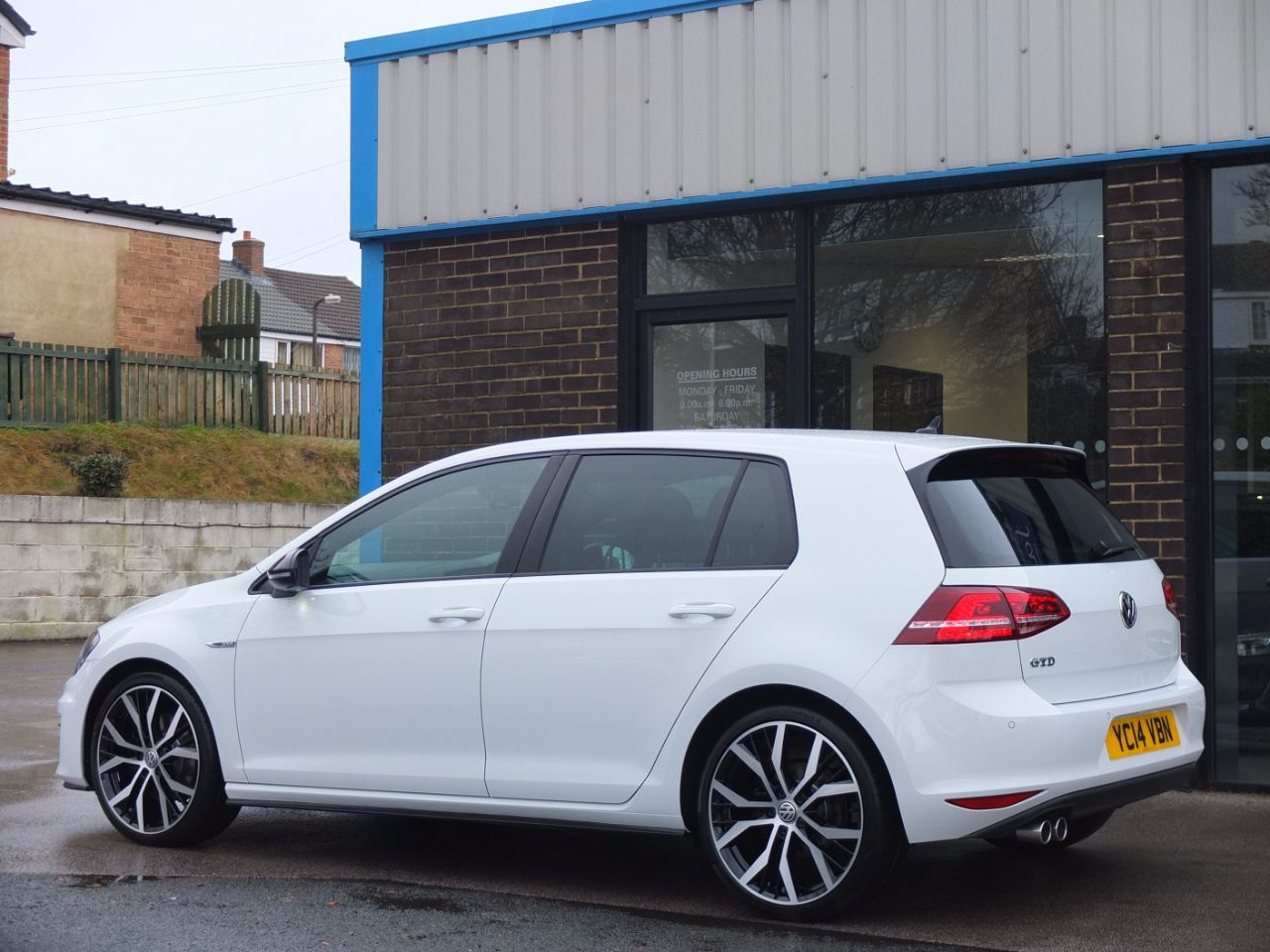 Volkswagen Golf 2.0 TDI GTD 5 door DSG Hatchback Diesel Pure White