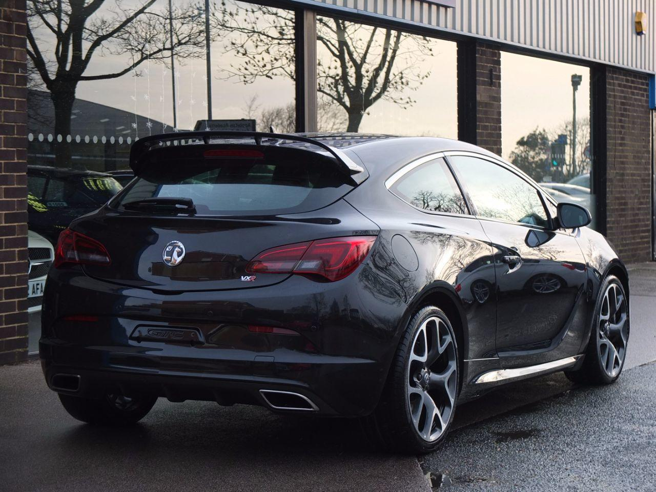 Vauxhall Astra GTC 2.0T 16V VXR 280ps Hatchback Petrol Carbon Flash Metallic