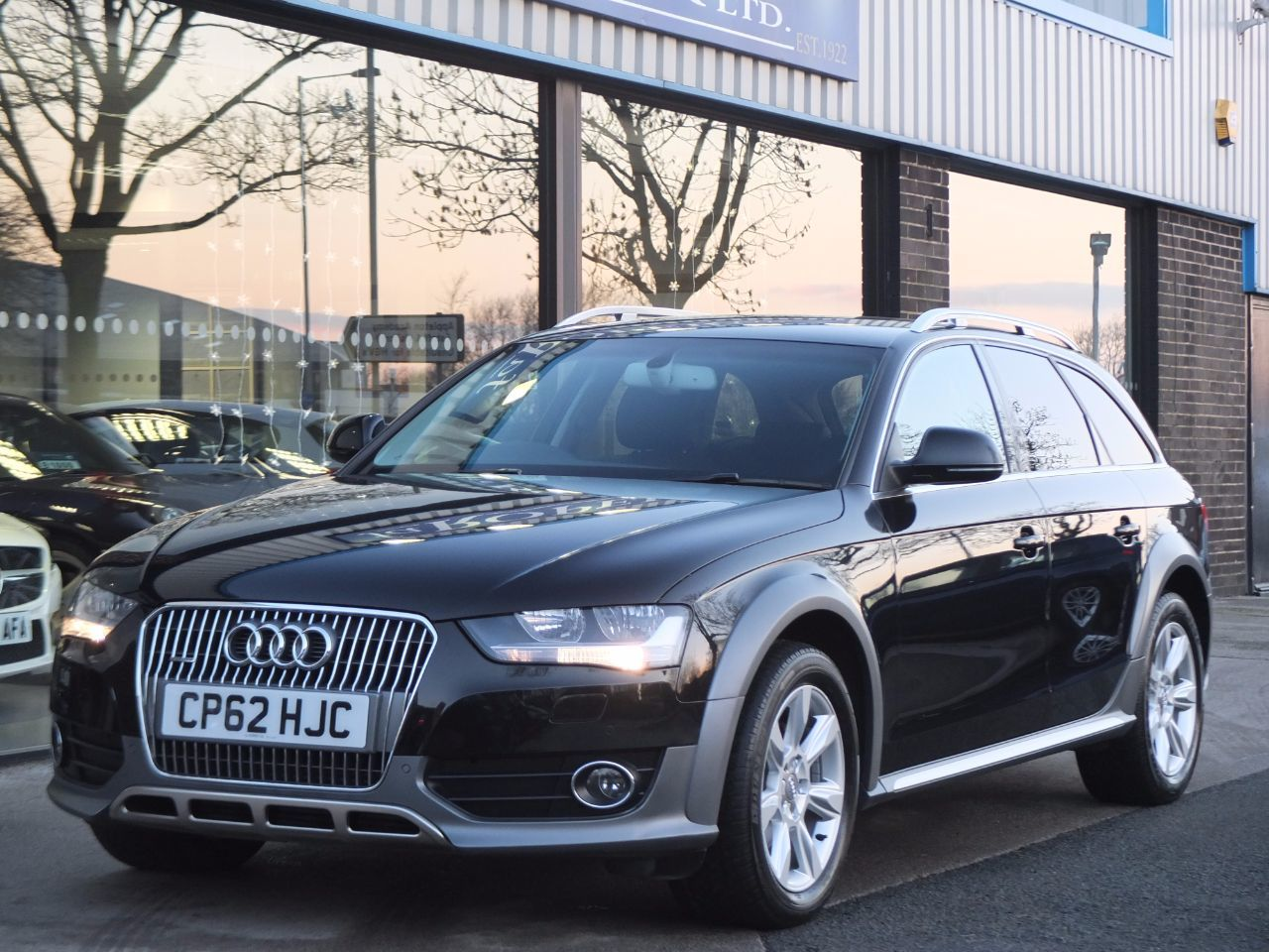 Audi A4 Allroad 2.0 TDI quattro S tronic 177ps Estate Diesel Phantom Black MetallicAudi A4 Allroad 2.0 TDI quattro S tronic 177ps Estate Diesel Phantom Black Metallic at fa Roper Ltd Bradford