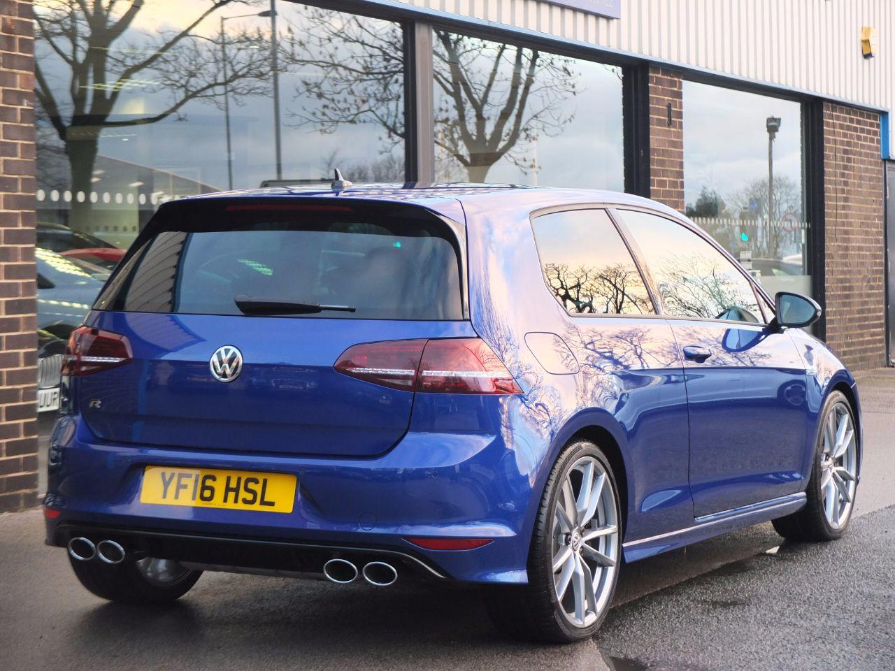 Volkswagen Golf 2.0 TSI R 3 door Manual 6 Speed Hatchback Petrol Lapiz Blue Metallic
