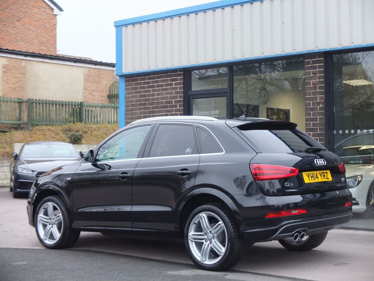 second hand audi q3 2 0 tdi quattro s line plus s tronic 140ps for sale in bradford west. Black Bedroom Furniture Sets. Home Design Ideas