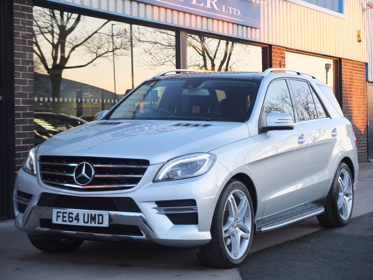 Used mercedes benz m class ml350 cdi bluetec amg line auto for Mercedes benz ml350 amg for sale