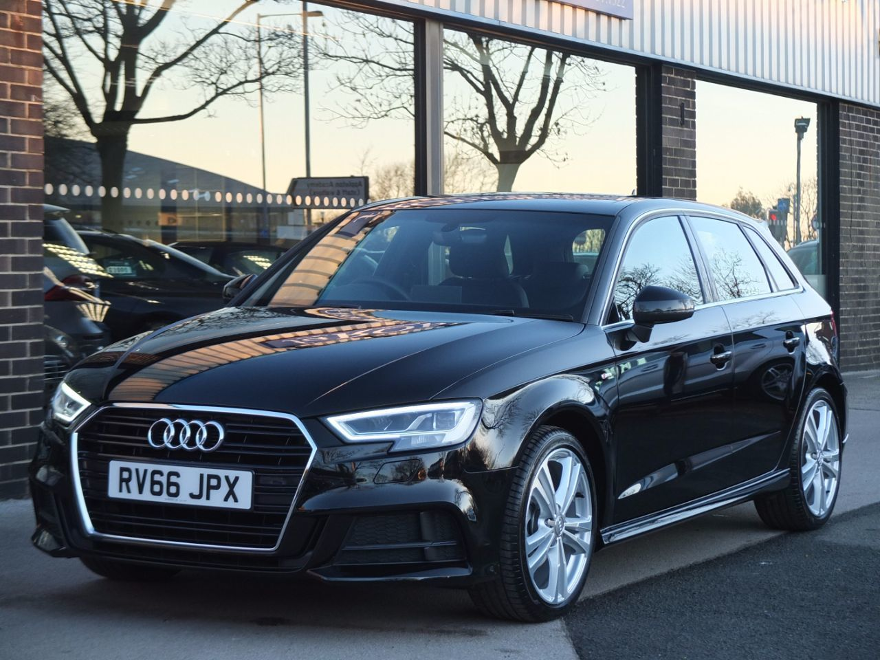 used audi a3 sportback 1 4 tfsi s line s tronic 150ps cylinder on demand for sale in bradford. Black Bedroom Furniture Sets. Home Design Ideas
