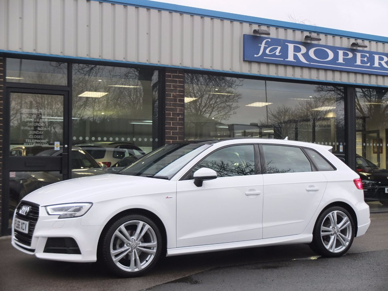 Audi A3 Sportback 1.4 TFSI S Line S Tronic (Cylinder on Demand) Hatchback Petrol Ibis White
