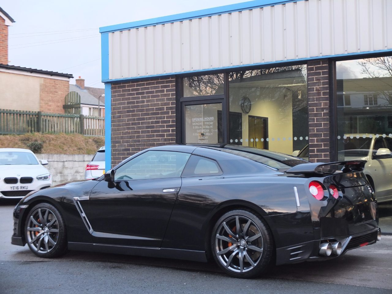 Nissan GT-R 3.8 Premium Edition Auto.(Litchfield Stage 4 653bhp) Coupe Petrol Pearl Black
