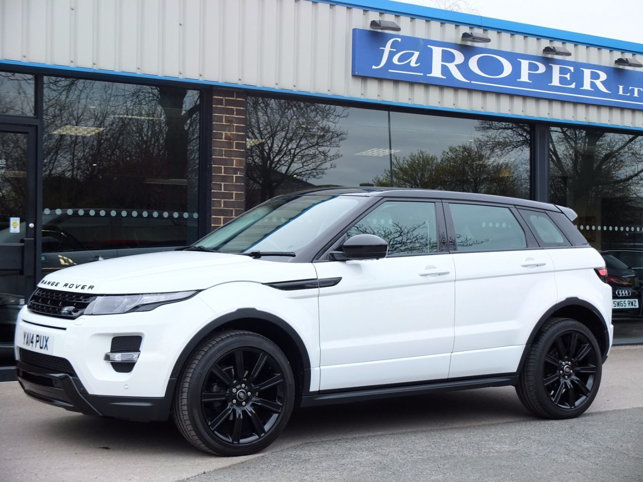second hand land rover range rover evoque 2 2 sd4 dynamic 5 door auto 9 lux pack for sale in. Black Bedroom Furniture Sets. Home Design Ideas