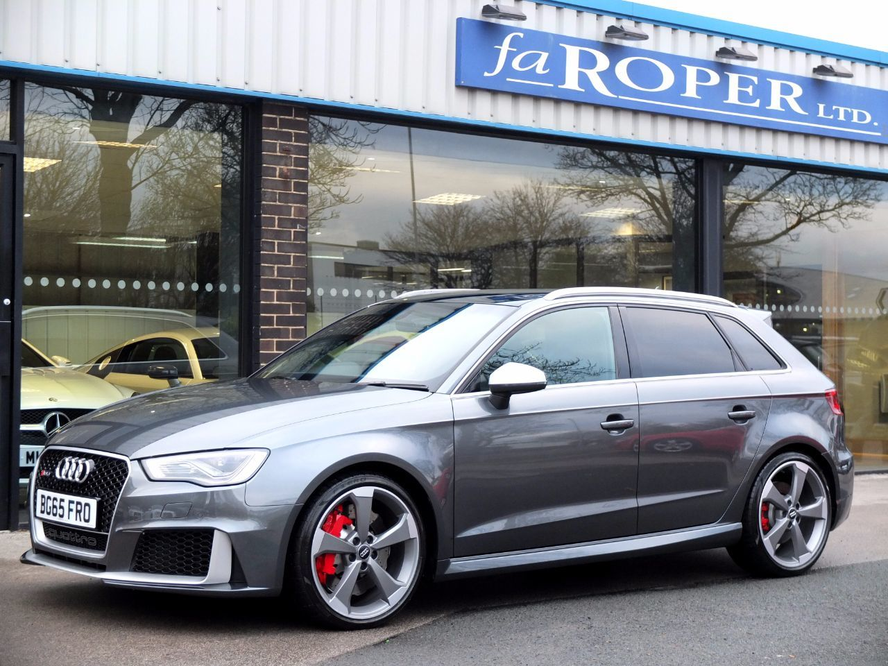 used audi rs3 2 5 tfsi rs 3 quattro s tronic for sale in bradford west yorkshire fa roper ltd. Black Bedroom Furniture Sets. Home Design Ideas