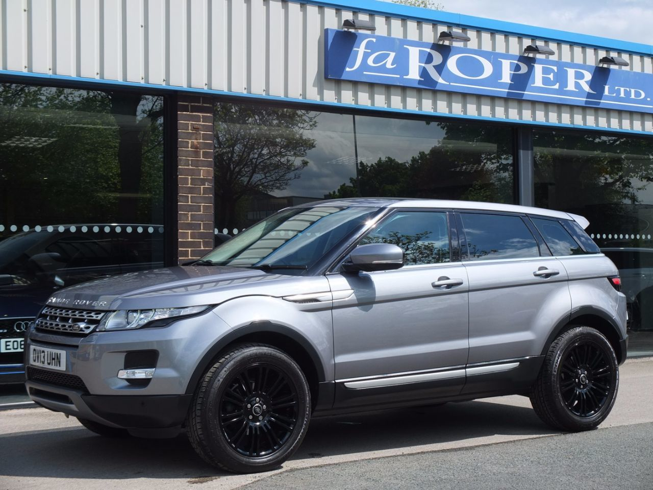 Land Rover Range Rover Evoque 2.2 SD4 Prestige 5 door Auto Estate Diesel Orkney Grey Metallic