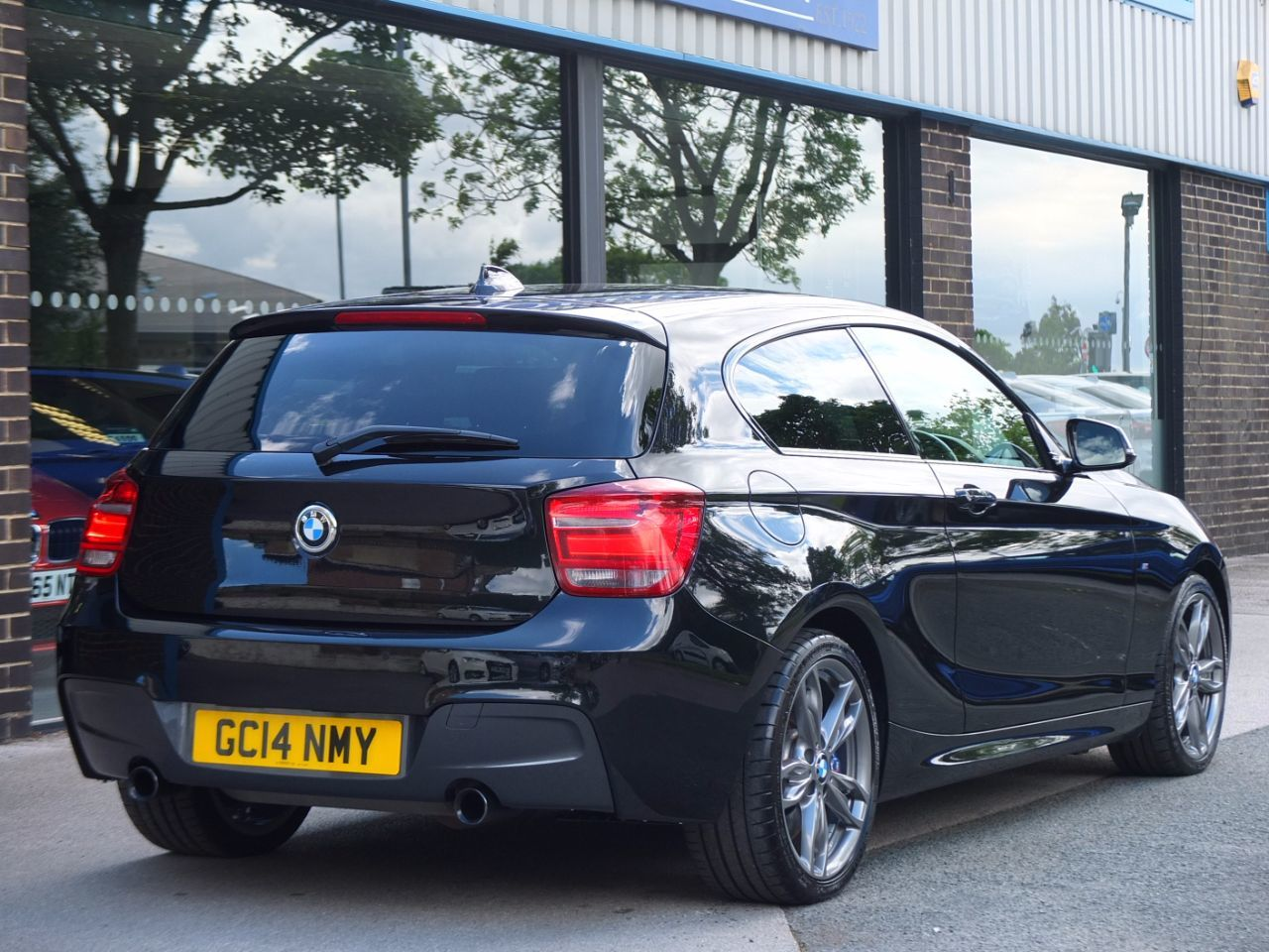 BMW 1 Series 3.0 M135i M Performance 3 door Auto Hatchback Petrol Black Sapphire Metallic