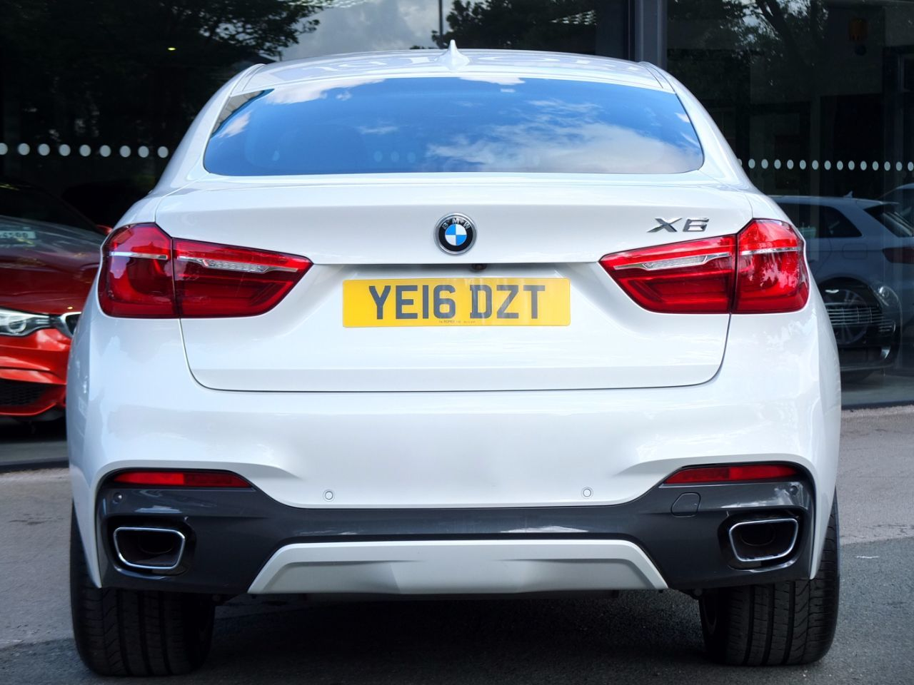BMW X6 3.0 xDrive30d M Sport Auto Coupe Diesel Mineral White Metallic