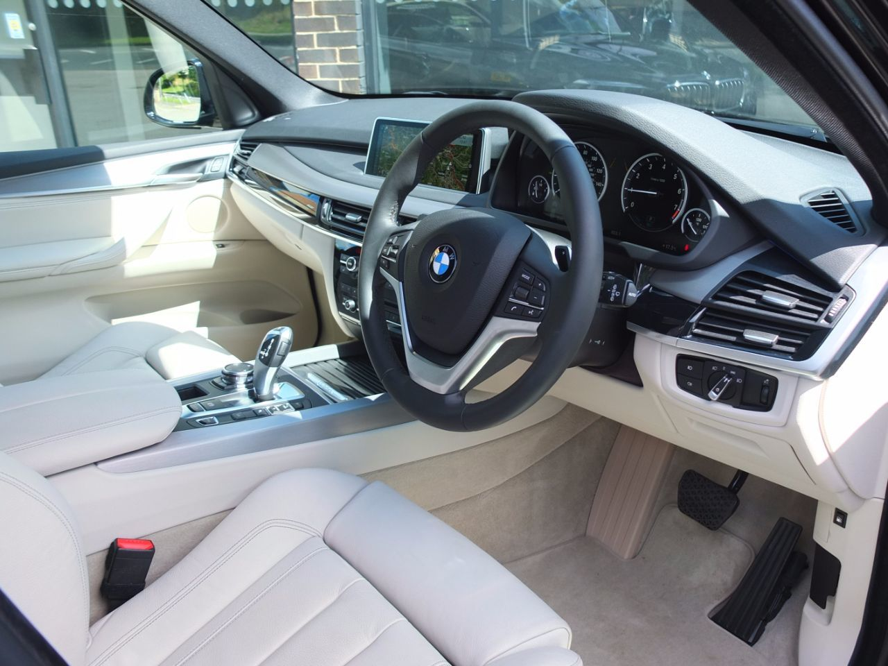 BMW X5 2.0 xDrive40e SE Dynamic (Electric Plug in Hybrid) Auto Estate Hybrid Black Sapphire Metallic