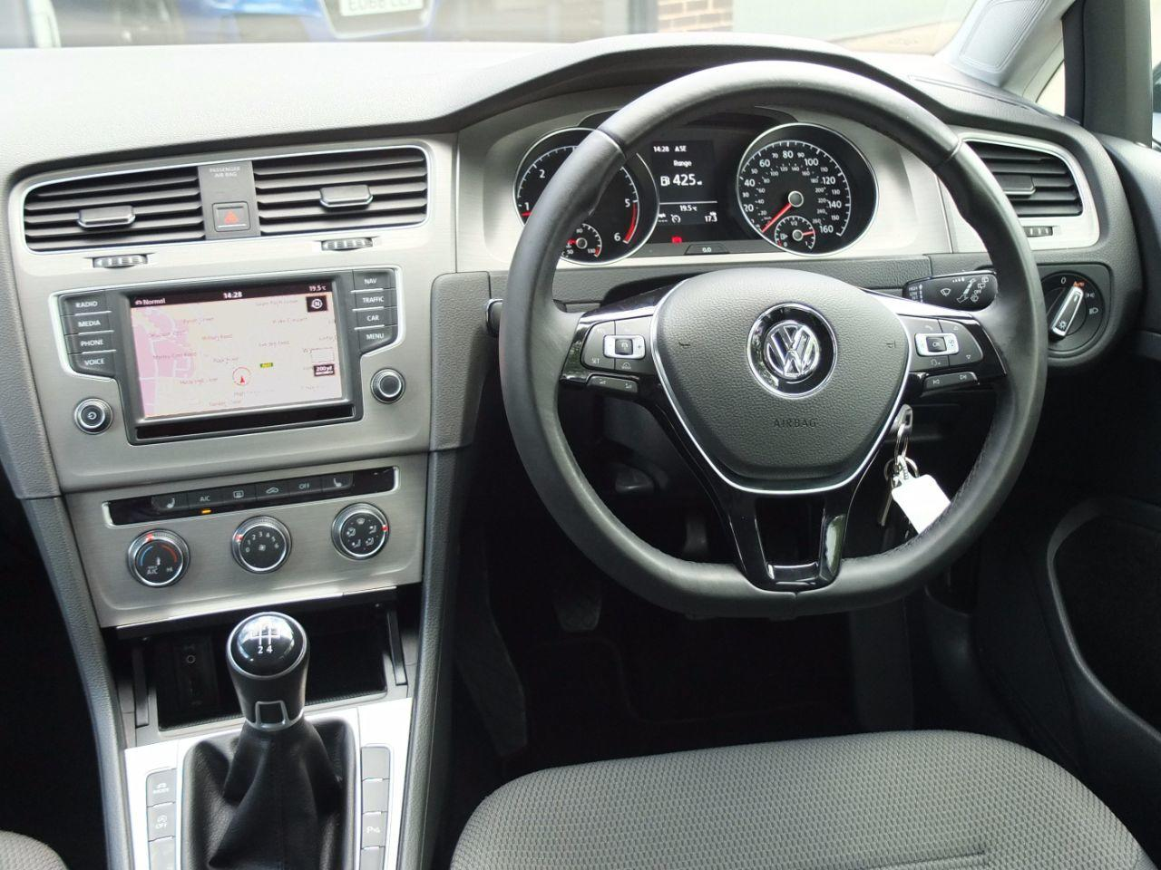 Volkswagen Golf 1.6 TDI 110ps Match Edition 5 door Hatchback Diesel Urano Grey