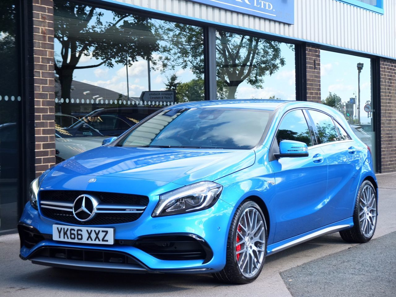 Mercedes-Benz A Class 2.0 AMG A45 4MATIC Speedshift DCT Auto 381bhp Hatchback Petrol South Sea Blue MetallicMercedes-Benz A Class 2.0 AMG A45 4MATIC Speedshift DCT Auto 381bhp Hatchback Petrol South Sea Blue Metallic at fa Roper Ltd Bradford