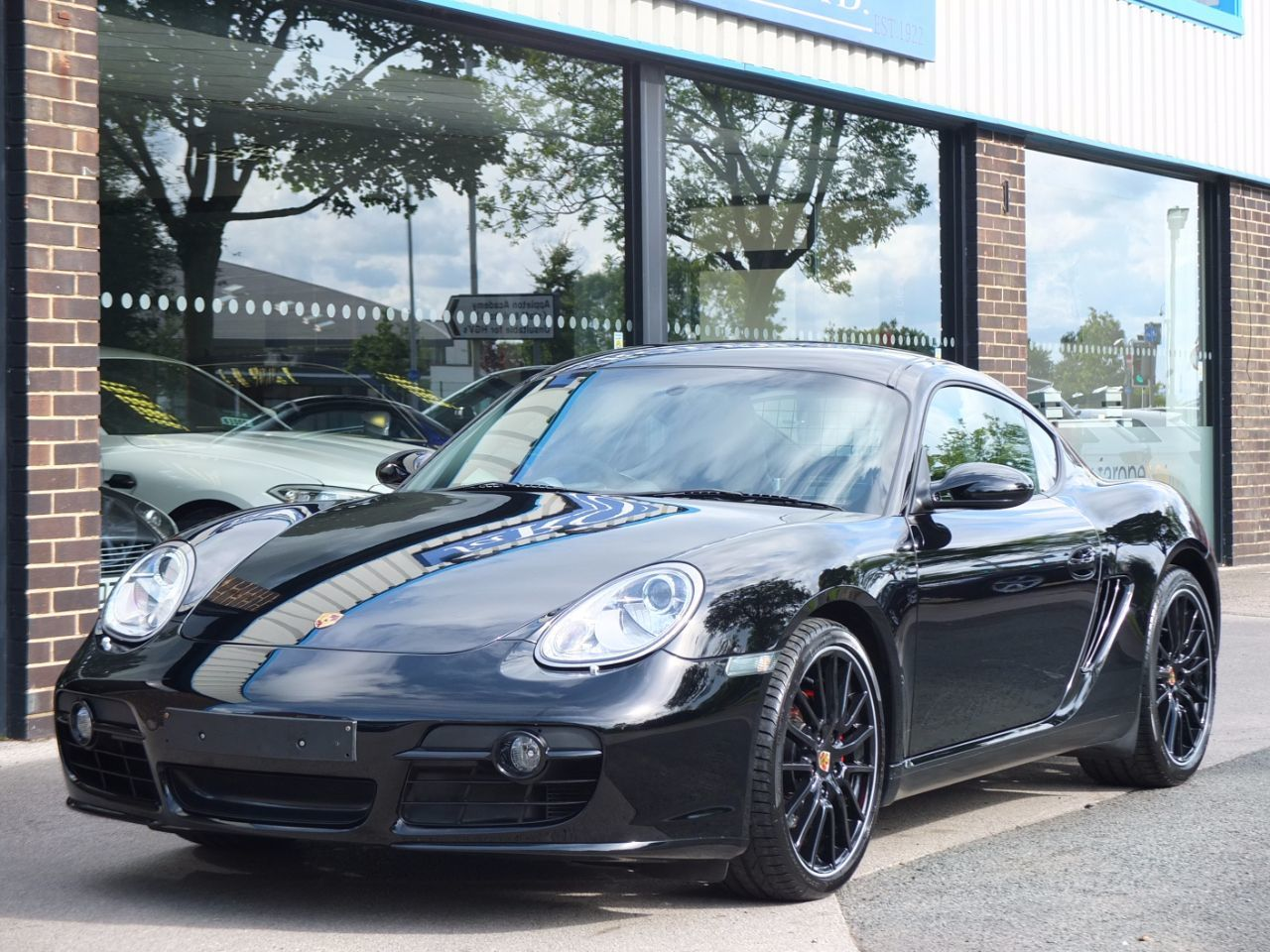 Porsche Cayman 3.4 S Sport No.38/700 Coupe Petrol Basalt Black MetallicPorsche Cayman 3.4 S Sport No.38/700 Coupe Petrol Basalt Black Metallic at fa Roper Ltd Bradford