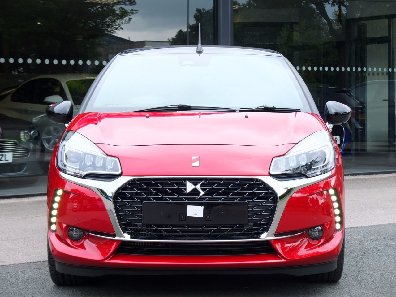 Ds Ds 3 CABRIO 1.2 PureTech Performance Line EAT6 Automatic Convertible Petrol Ruby Red Metallic