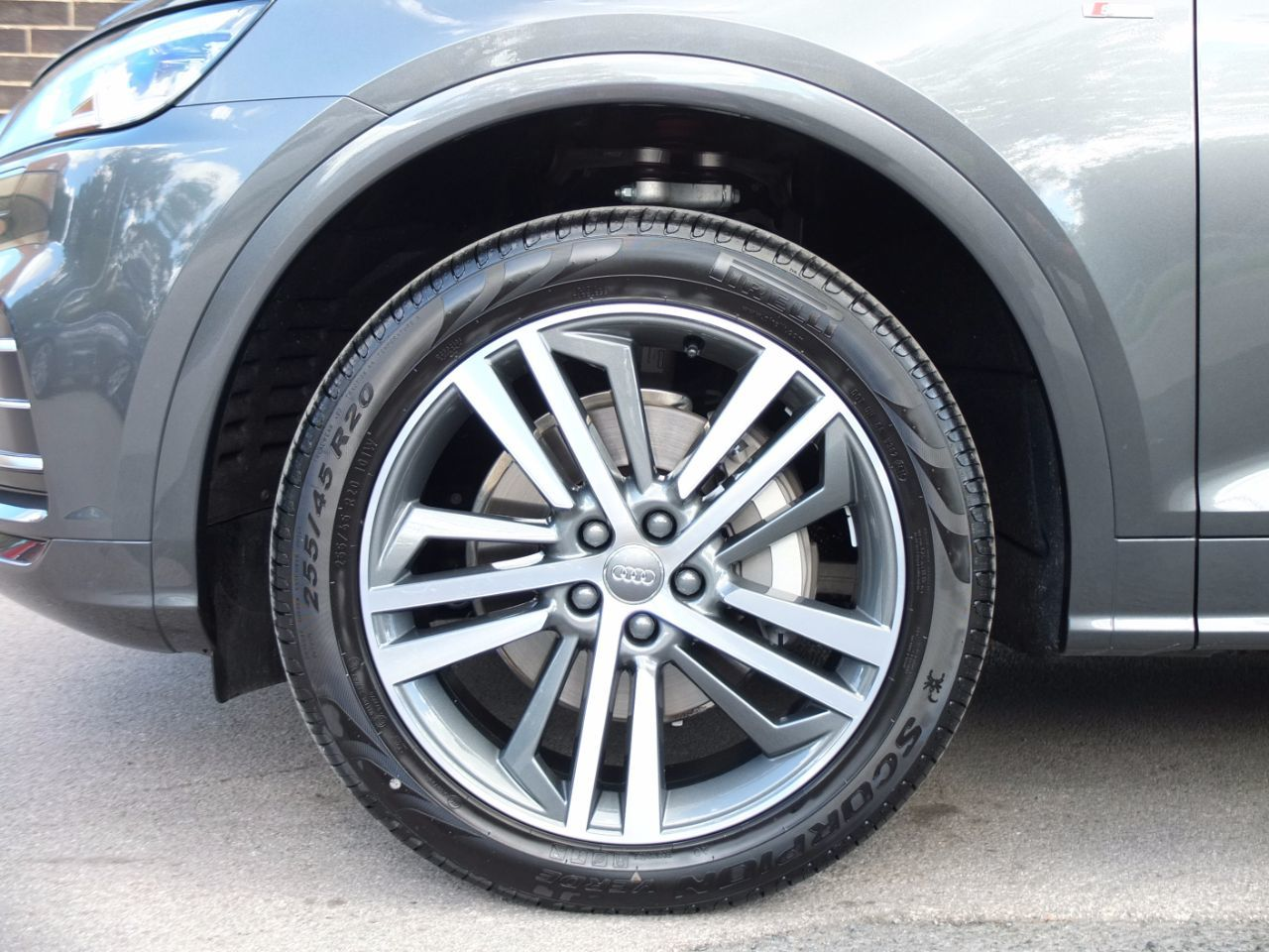 Audi Q5 2.0 TDI quattro S Line S tronic 190ps Estate Diesel Daytona Grey Metallic