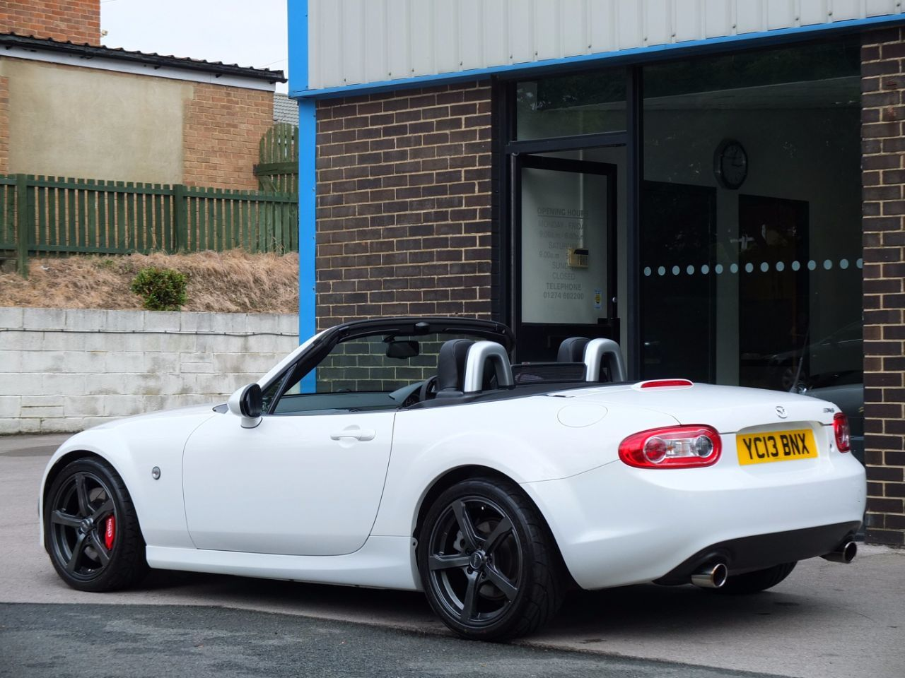 Mazda MX-5 2.0i Sport Tech Nav KIT PRO Supercharger 231bhp Convertible Petrol Crystal White Pearlescent
