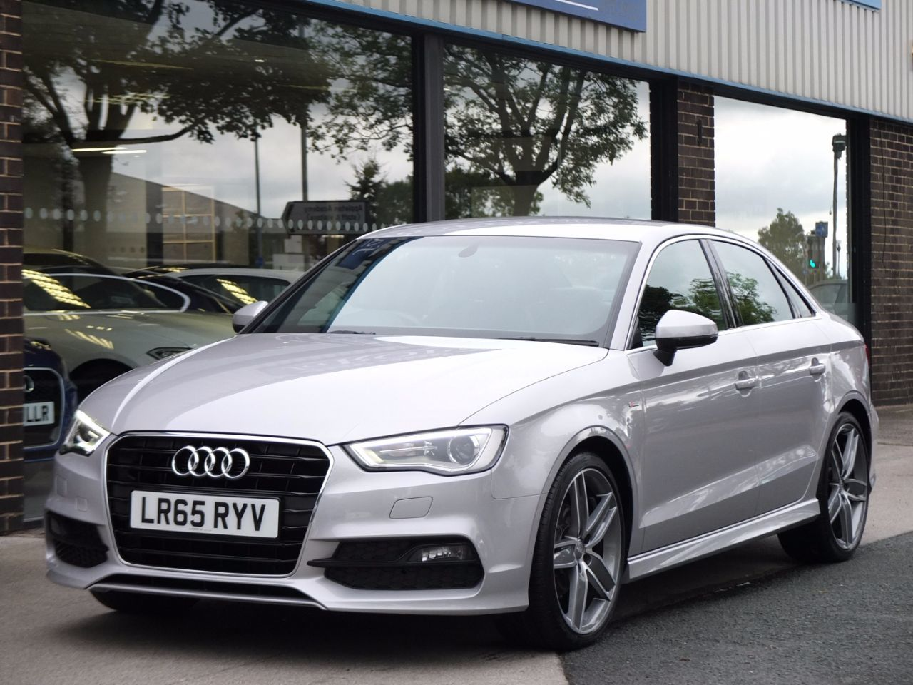 Audi A3 Saloon 1.4 TFSI S Line S tronic (Cylinder on Demand) Saloon Petrol Lotus Grey MetallicAudi A3 Saloon 1.4 TFSI S Line S tronic (Cylinder on Demand) Saloon Petrol Lotus Grey Metallic at fa Roper Ltd Bradford