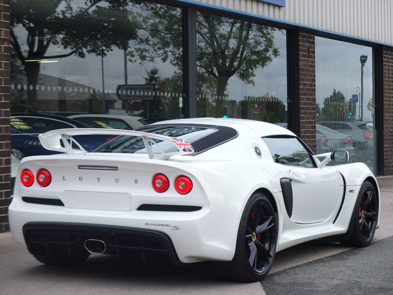 Lotus Exige 3.5 EXIGE S Premium Sport and Race Packs 350ps Coupe Petrol Aspen White
