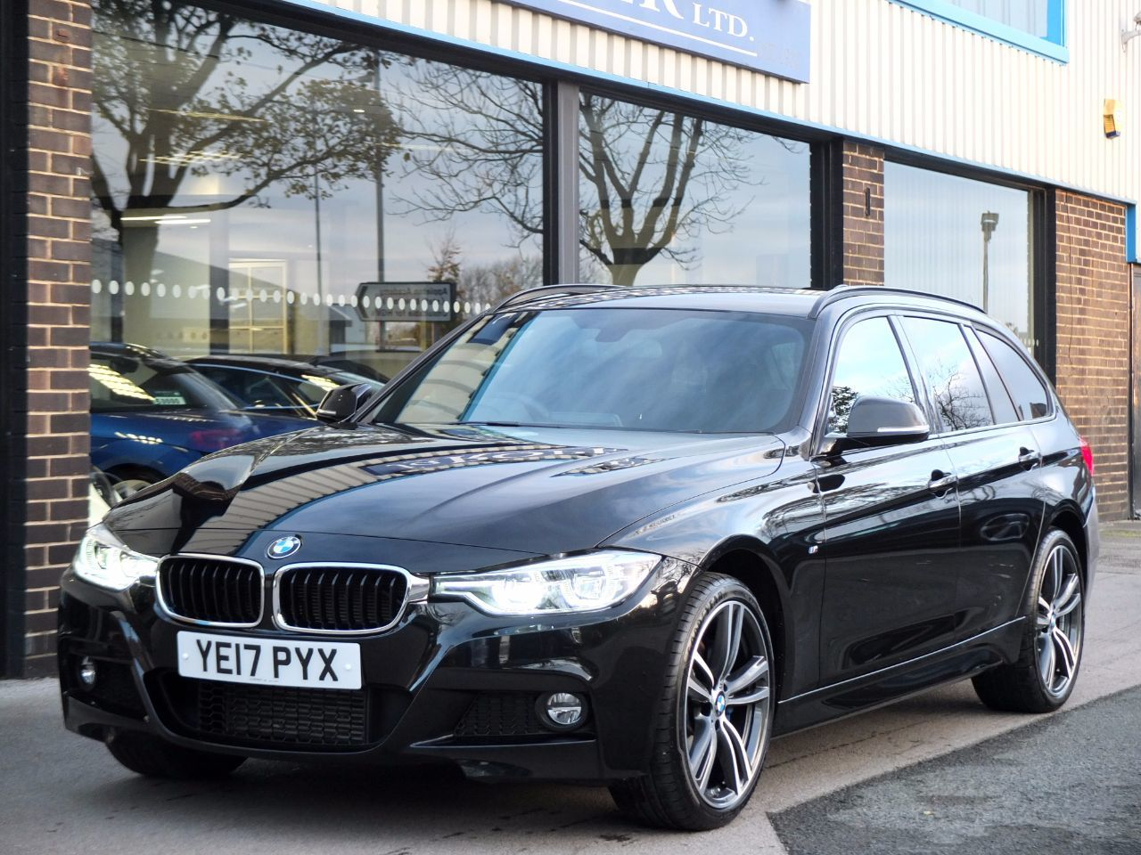 used bmw 3 series 320d xdrive m sport plus pack touring auto for sale in bradford west. Black Bedroom Furniture Sets. Home Design Ideas