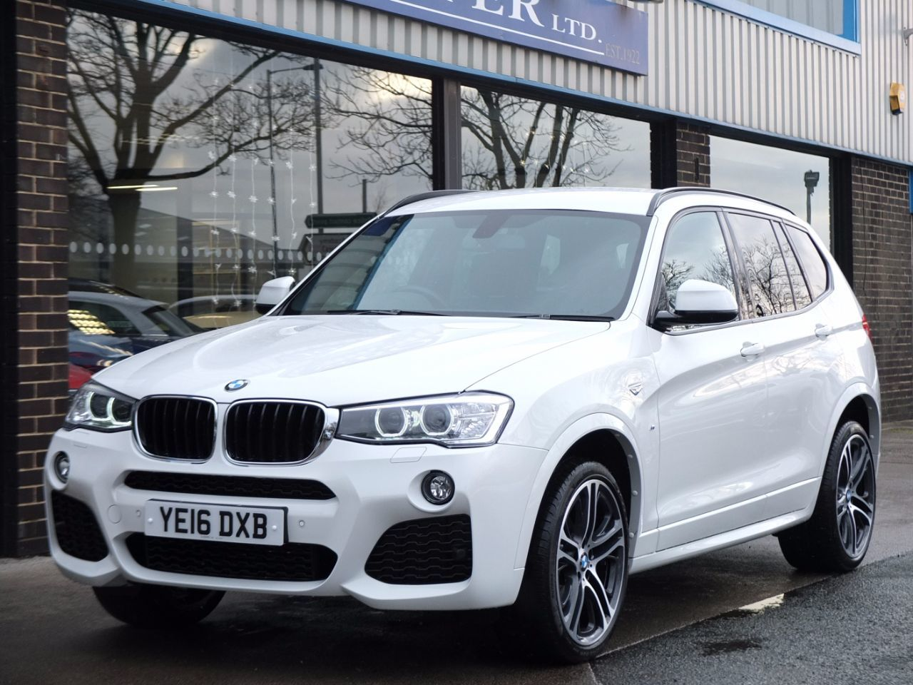 BMW X3 2.0 xDrive20d M Sport Plus Auto Estate Diesel Alpine WhiteBMW X3 2.0 xDrive20d M Sport Plus Auto Estate Diesel Alpine White at fa Roper Ltd Bradford