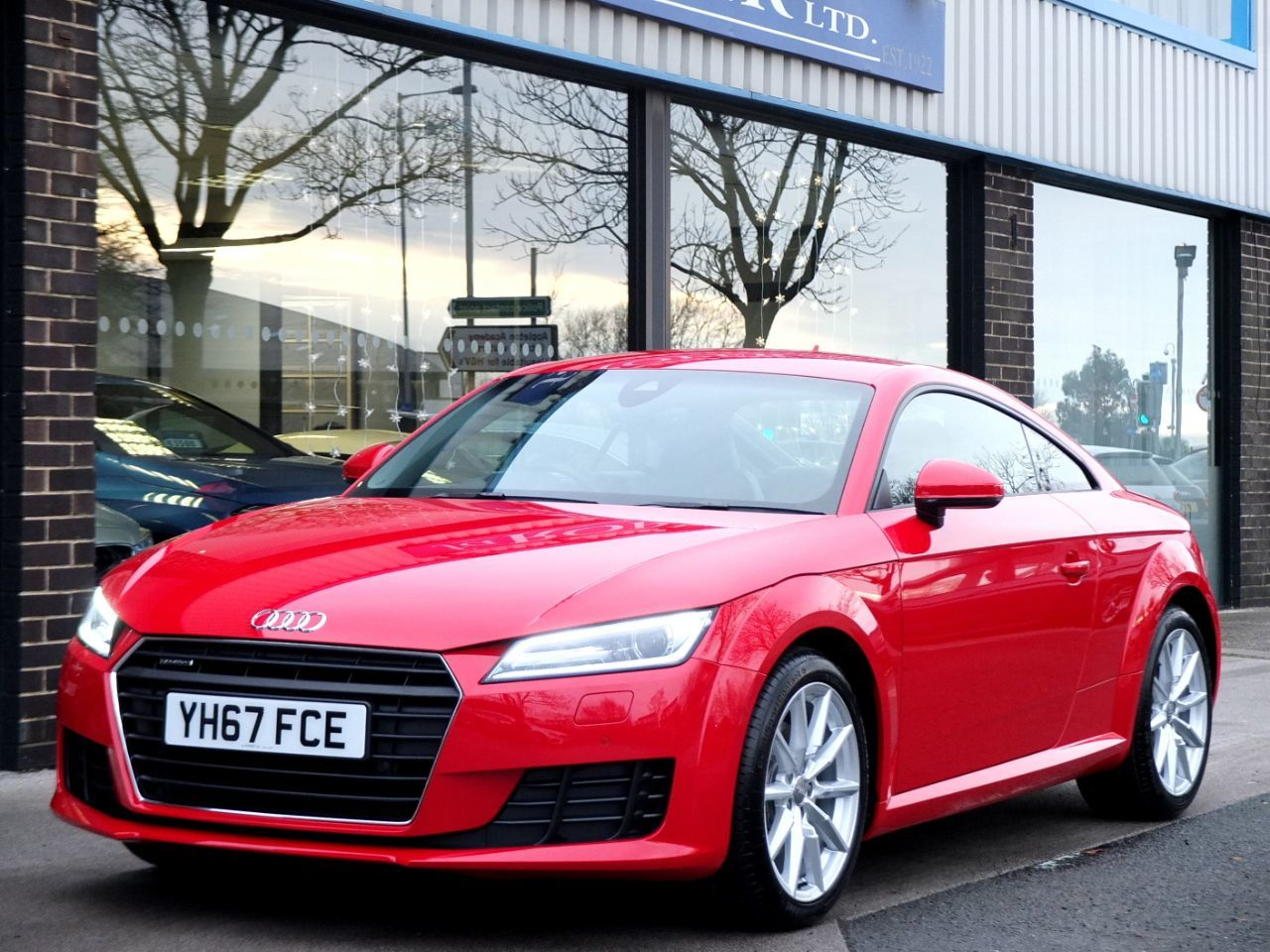 Audi TT Coupe 2.0T FSI quattro Sport S tronic 230ps Coupe Petrol Tango Red MetallicAudi TT Coupe 2.0T FSI quattro Sport S tronic 230ps Coupe Petrol Tango Red Metallic at fa Roper Ltd Bradford