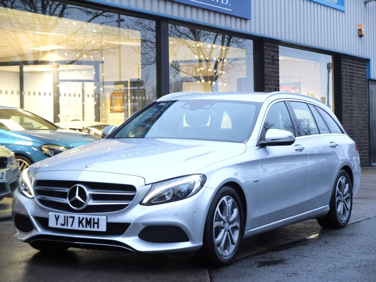 Mercedes-Benz C Class 2.0 C350e Sport PHEV (Electric Plug In Hybrid) Estate Auto Estate Hybrid Iridium SilverMercedes-Benz C Class 2.0 C350e Sport PHEV (Electric Plug In Hybrid) Estate Auto Estate Hybrid Iridium Silver at fa Roper Ltd Bradford