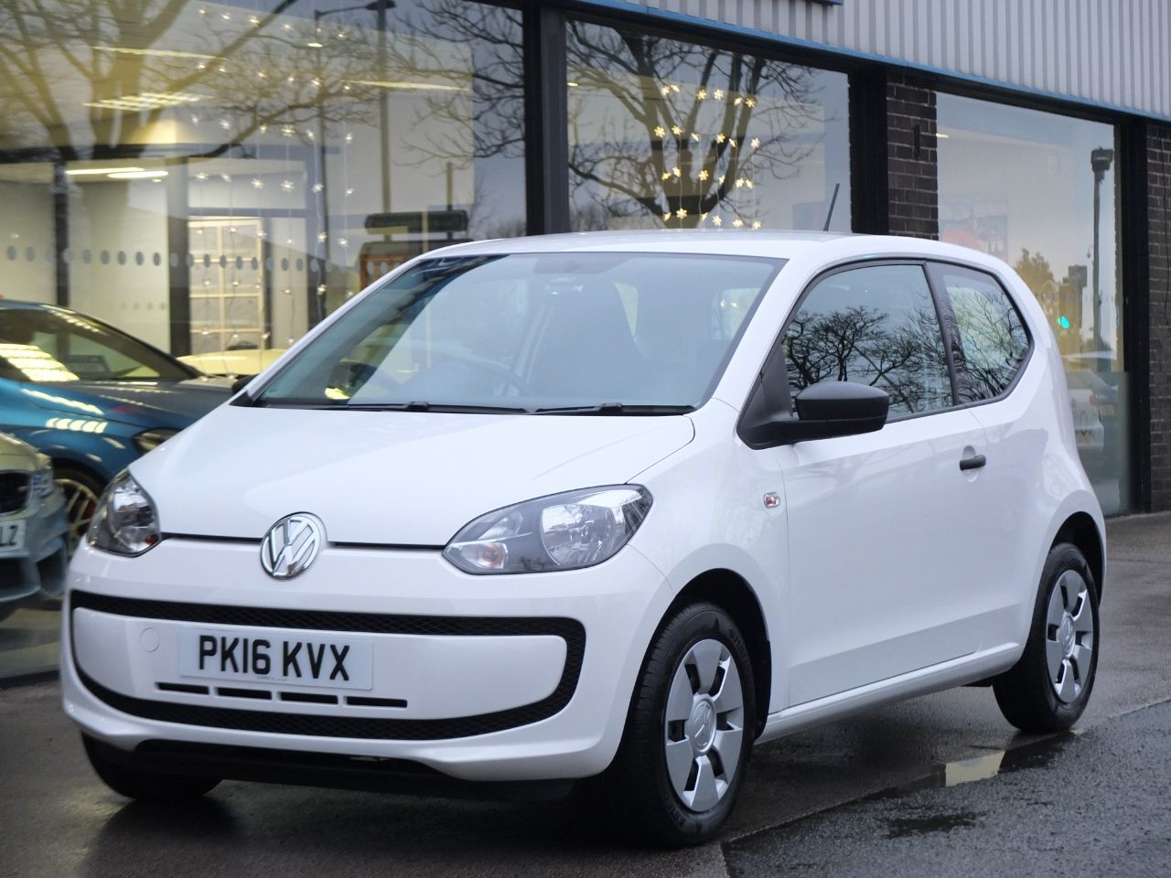 Volkswagen Up 1.0 Take Up 3 door Hatchback Petrol Candy WhiteVolkswagen Up 1.0 Take Up 3 door Hatchback Petrol Candy White at fa Roper Ltd Bradford