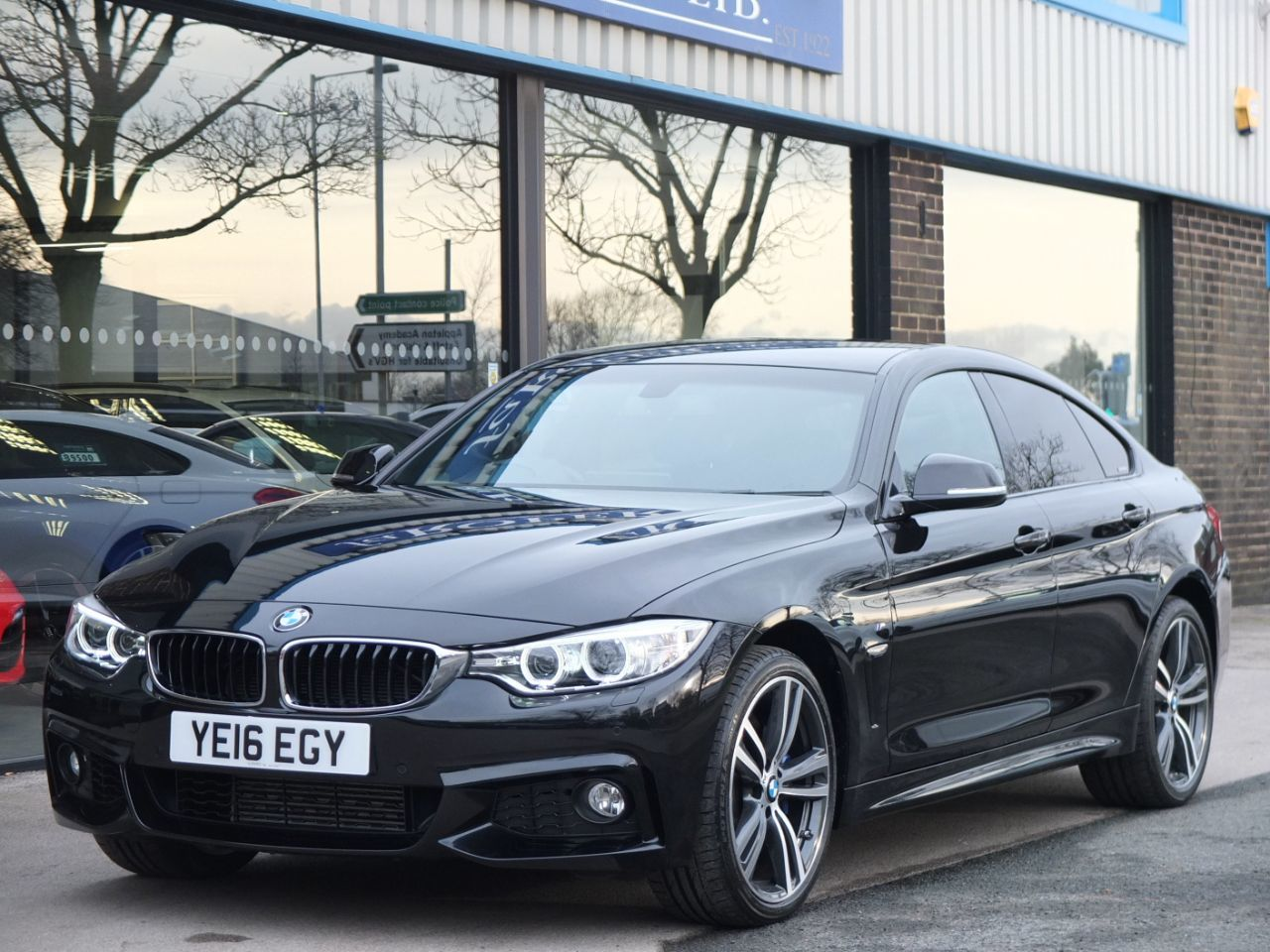 BMW 4 Series 3.0 435d xDrive Gran Coupe M Sport Plus Pack Auto Coupe Diesel Black Sapphire MetallicBMW 4 Series 3.0 435d xDrive Gran Coupe M Sport Plus Pack Auto Coupe Diesel Black Sapphire Metallic at fa Roper Ltd Bradford
