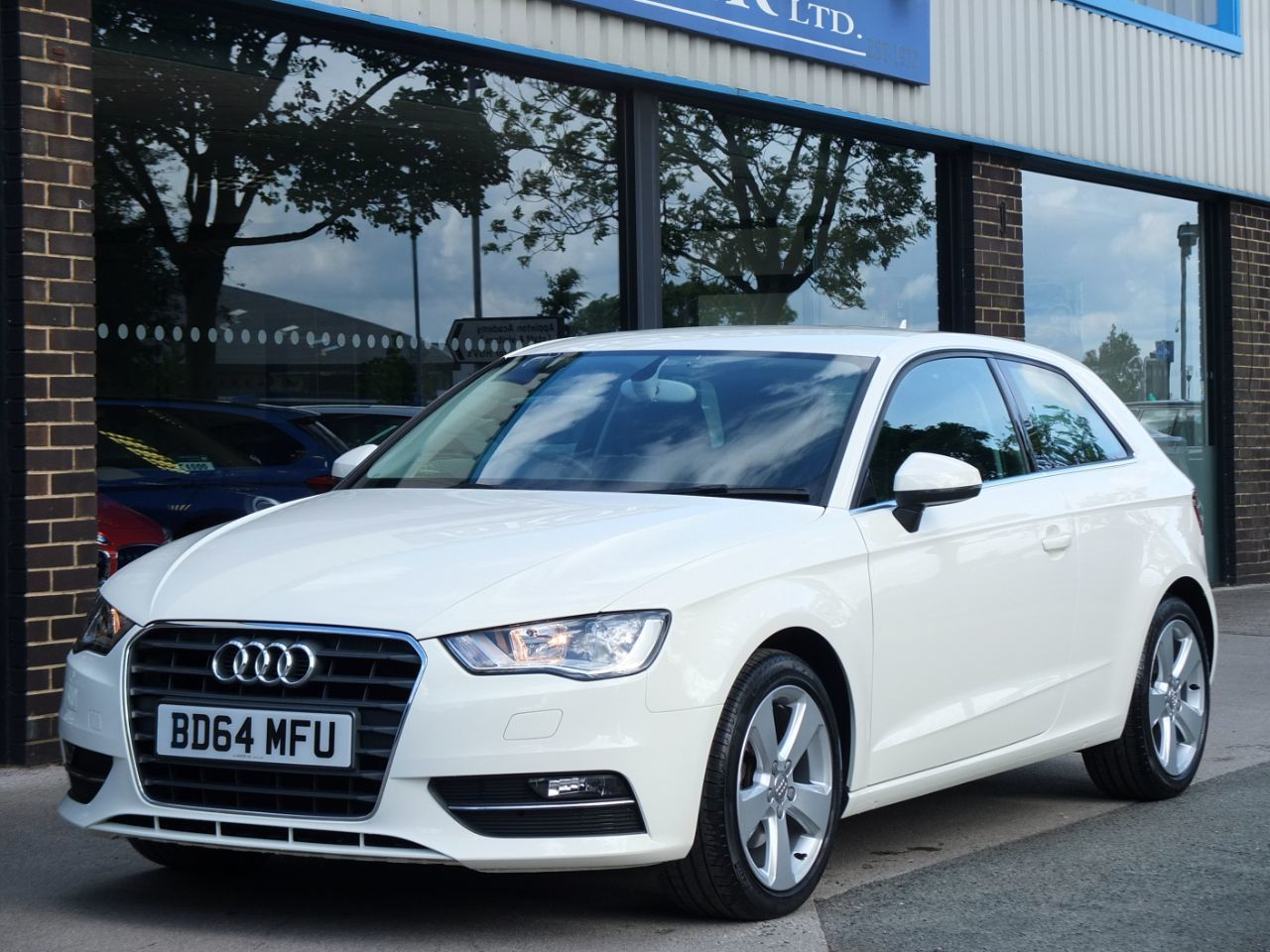 Audi A3 1.2 TFSI Sport 110ps 3 door Hatchback Petrol Amalfi White