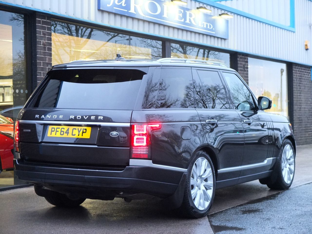 Land Rover Range Rover 4.4 SDV8 Autobiography Estate Diesel Causeway Grey Metallic