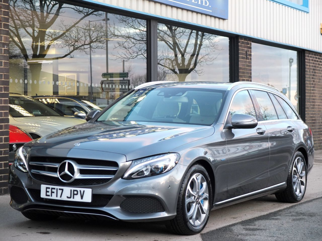 Mercedes-Benz C Class 2.0 Estate C350e Sport PHEV Auto Estate Petrol / Electric Hybrid Selenite Grey MetallicMercedes-Benz C Class 2.0 Estate C350e Sport PHEV Auto Estate Petrol / Electric Hybrid Selenite Grey Metallic at fa Roper Ltd Bradford