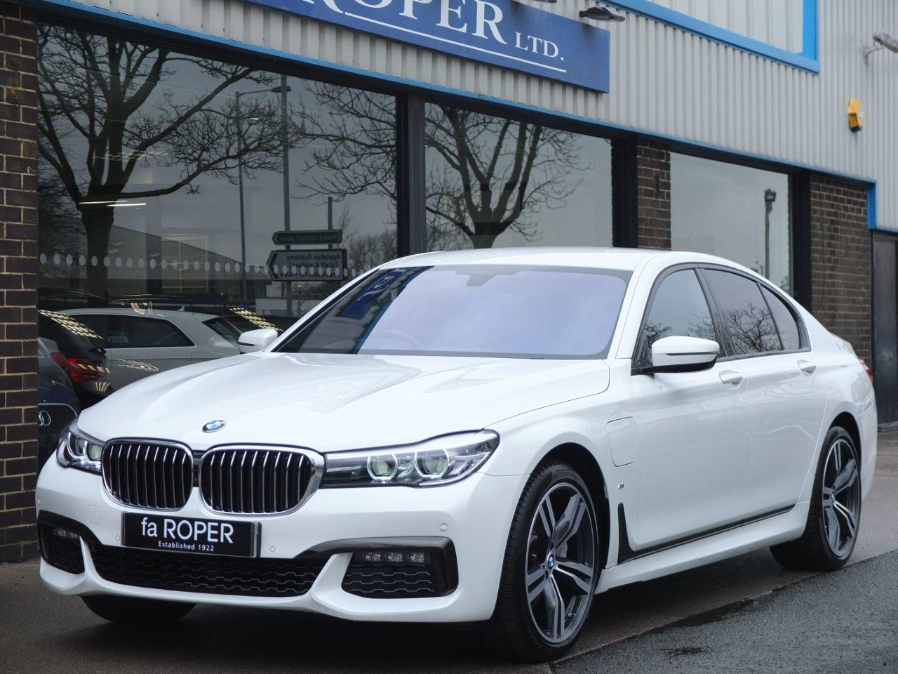 BMW 7 Series 2.0 740e M Sport Auto Saloon Petrol / Electric Hybrid Alpine WhiteBMW 7 Series 2.0 740e M Sport Auto Saloon Petrol / Electric Hybrid Alpine White at fa Roper Ltd Bradford