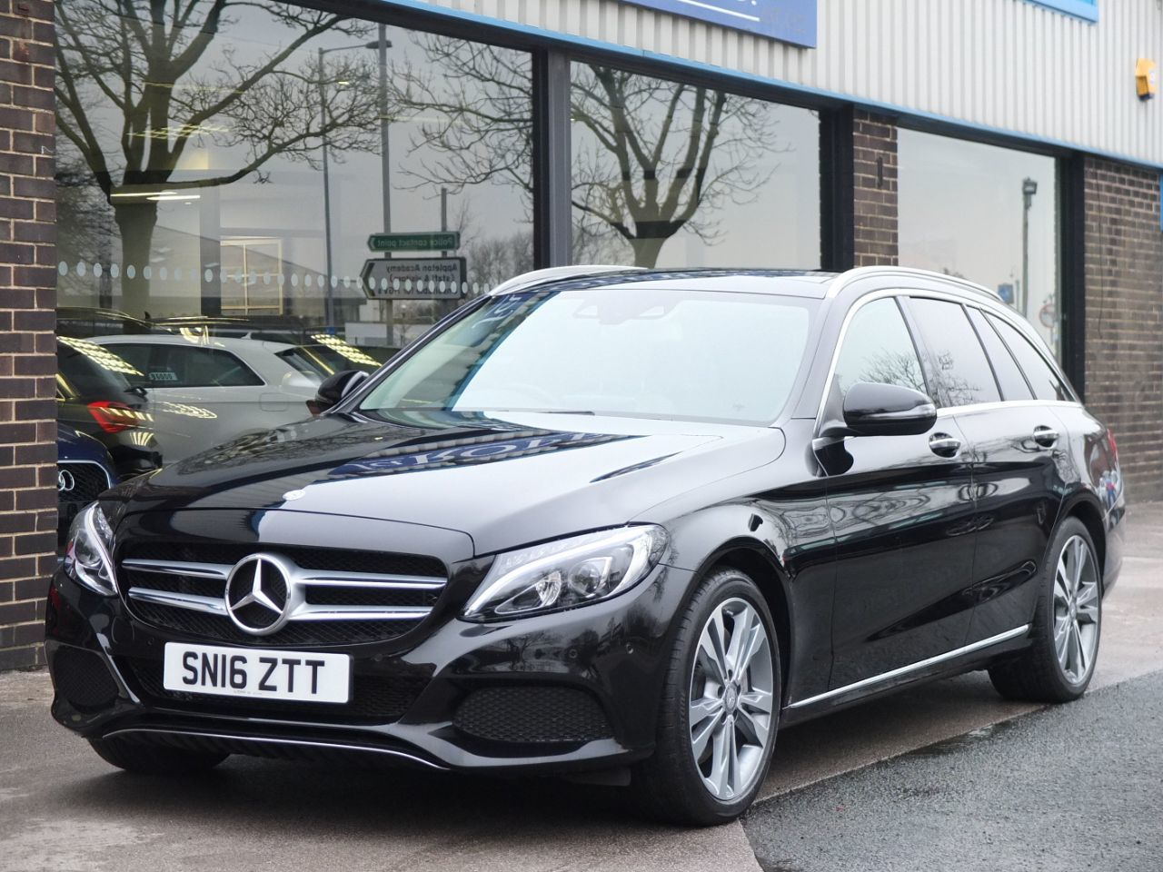 Mercedes-Benz C Class 2.0 Estate C350e Sport Premium Plus PHEV Auto Estate Petrol / Electric Hybrid Obsidian Black MetallicMercedes-Benz C Class 2.0 Estate C350e Sport Premium Plus PHEV Auto Estate Petrol / Electric Hybrid Obsidian Black Metallic at fa Roper Ltd Bradford
