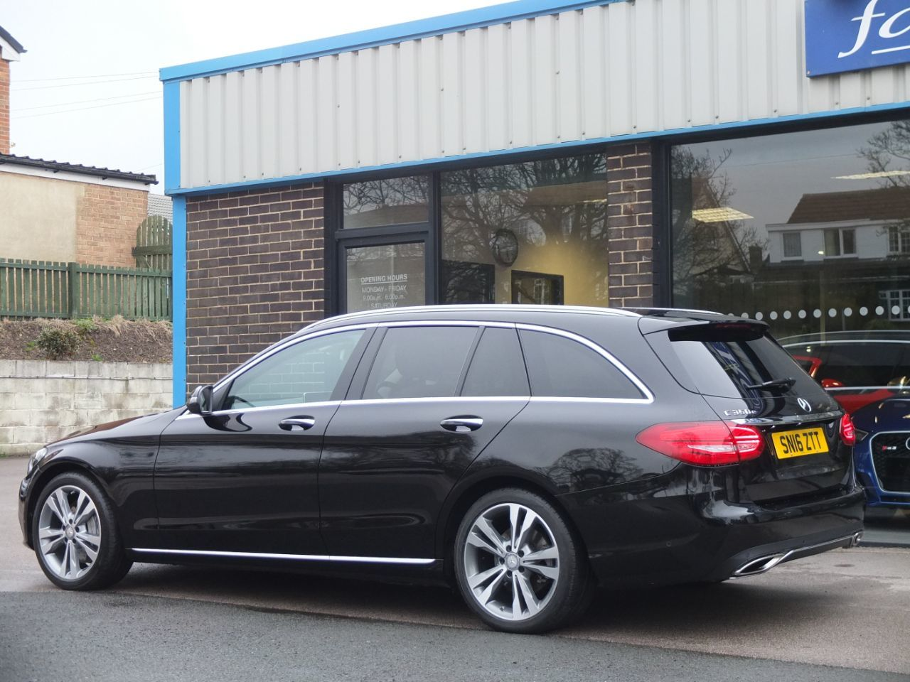 Mercedes-Benz C Class 2.0 Esate C350e Sport Premium Plus PHEV Auto Estate Petrol / Electric Hybrid Obsidian Black Metallic
