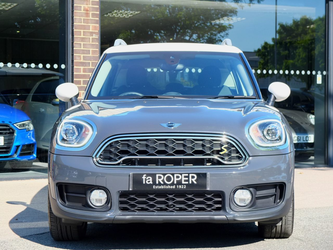 Mini Countryman 1.5 Cooper S E ALL4 PHEV Auto (Chili Pack) Hatchback Petrol / Electric Hybrid Thunder Grey Metallic