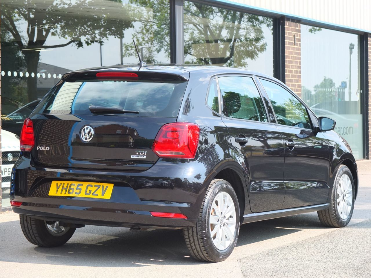 Volkswagen Polo 1.4 TDI SE 5 door Hatchback Diesel Deep Black Pearl