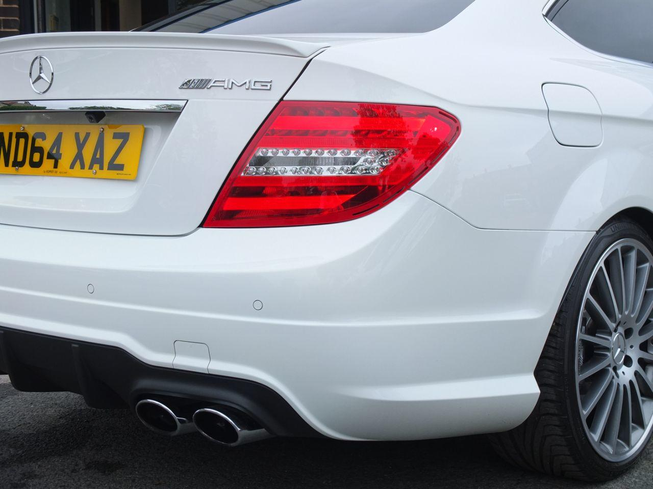 Mercedes-Benz C Class 6.2 C63 AMG Coupe MCT Coupe Petrol Polar White