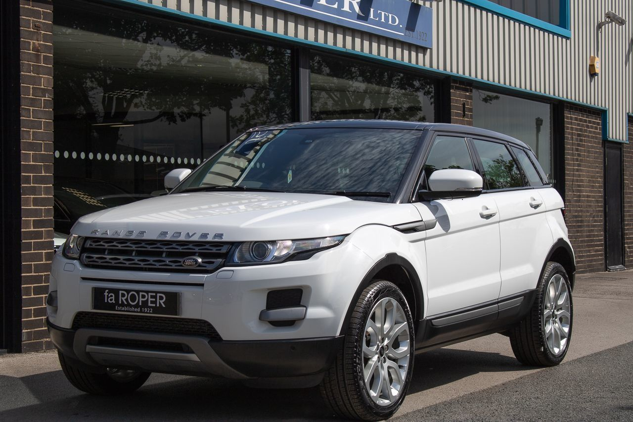 Land Rover Range Rover Evoque 2.2 SD4 Pure Tech Pack Auto 5 door Estate Diesel Fuji WhiteLand Rover Range Rover Evoque 2.2 SD4 Pure Tech Pack Auto 5 door Estate Diesel Fuji White at fa Roper Ltd Bradford