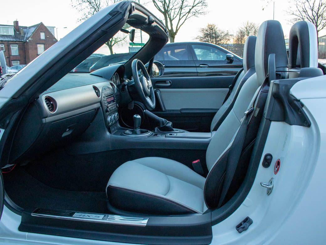 Mazda MX-5 2.0i Kuro Edition Roadster 160ps Convertible Petrol Crystal White Metallic